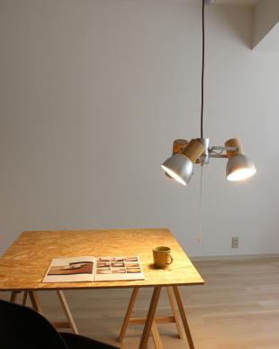 シルバーカラー アルミ&ウッド3灯ペンダントランプ見る