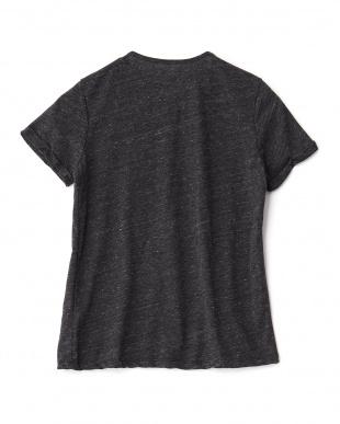 チャコールグレー THE BANDプリントTシャツ見る