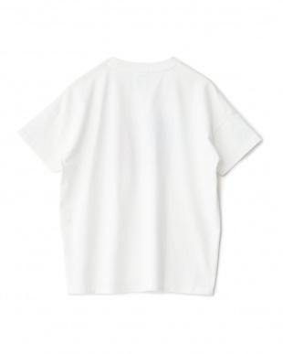 ホワイト ロゴプリント&ポケットTシャツ見る