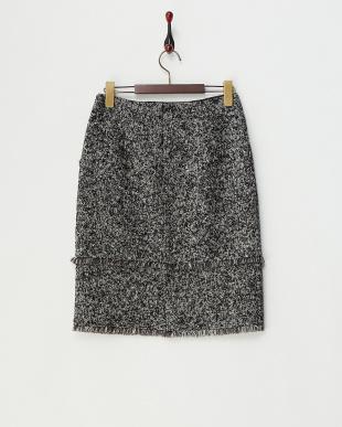 ブラック  フリンジ使いブークレツイードスカート見る