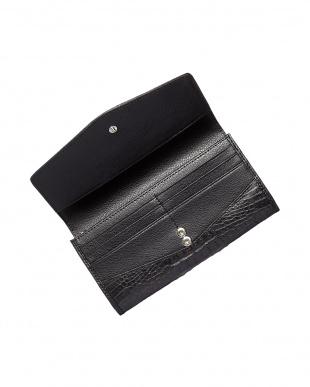 ブラック  カイマンワニ革 かぶせ式長財布見る