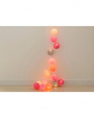 PINK  Cotton Ball Lights見る