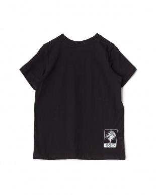 ブラック トリックプリントTシャツ見る