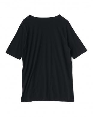 ブラック  クルーネックショートスリーブTシャツ見る