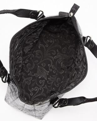 ブラック  クロコレザーバッグ見る