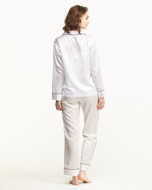 WHITE×PIPING BLACK パジャマセット(長袖開衿パジャマシャツ&パンツ)BOX入り/コットンポリエステル見る