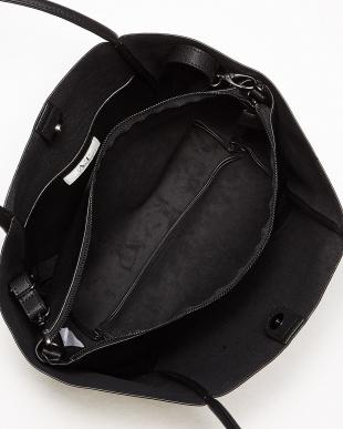 ブラック  1枚革風トートバッグ見る