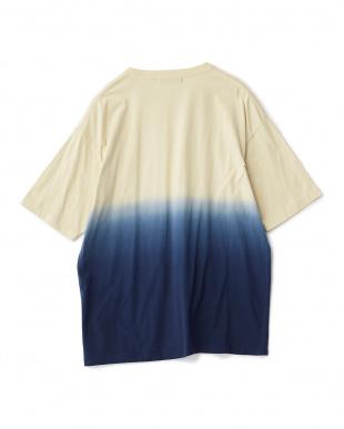 BLUE グラデーションポケTシャツ(半袖)見る