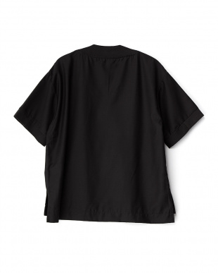 BLACK Vネックプルオーバー(5分袖)見る