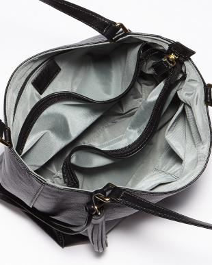 ブラック  マルシェ 台形型ハンドバッグ見る