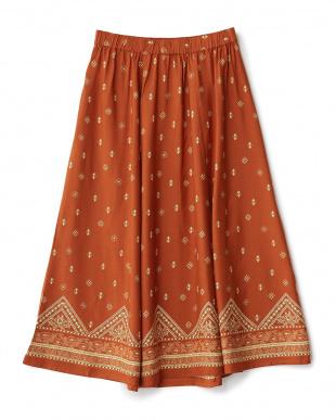 オレンジ系  パネルペイズリースカート見る