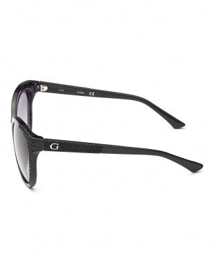ブラック 型押し切り替えフォックスタイプサングラス見る