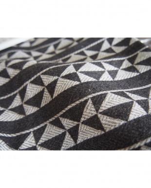 ブラック×ホワイト 幾何学柄クッションカバー 45×45cm見る