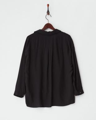 ブラック  ラインストーンネックレス付き 裾デザインタックブラウス見る