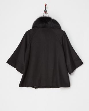 ブラック フォックス衿付きカシミヤ7分袖コート見る