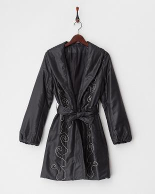 ブラック フォックストリミング ポリエステル中わた刺繍入りコート 見る