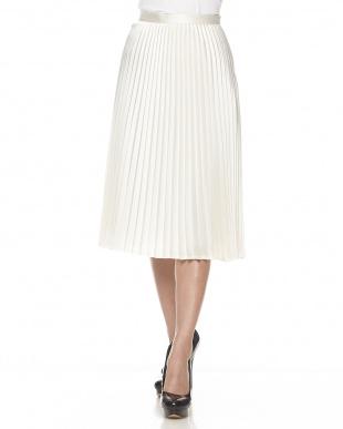 ホワイト  サテンプリーツスカート見る