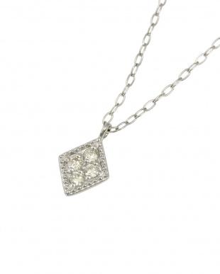 Pt 天然ダイヤモンド 4石 プラチナ ネックレス・長菱形見る