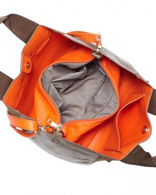 ブラウン  バッグインバッグ付きバッグ見る