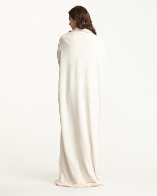 クリーム  マイクロファイバー 袖付き着る毛布見る