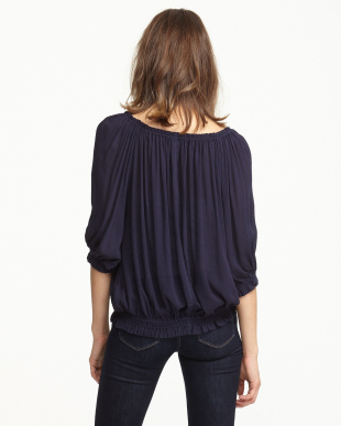 NAVY  OFF THE SHOULDER TOP見る