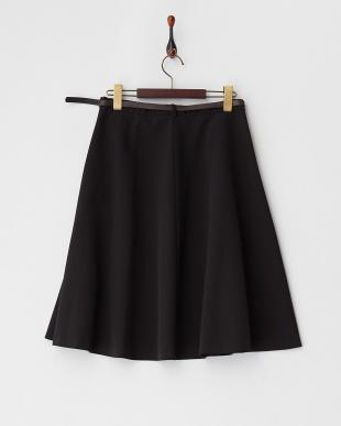 ブラック  ベルト付きフレアスカート見る