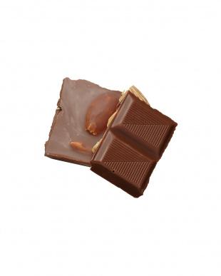 ミルクチョコレート ウィズ アーモンド×2枚見る