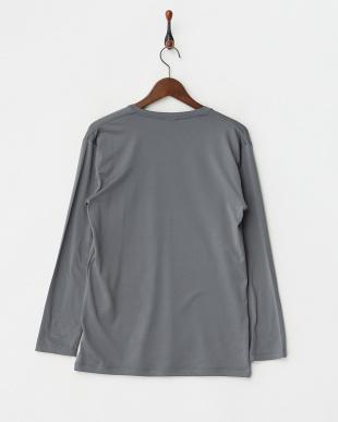 CHARCOAL GRAY  瞬暖 Vネック 長袖Tシャツ見る