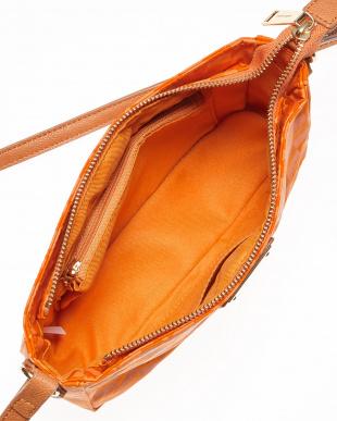 オレンジ ソフィア ショルダーバッグ見る