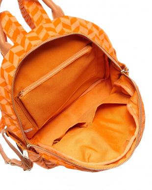 オレンジ  ソフィア リュック見る