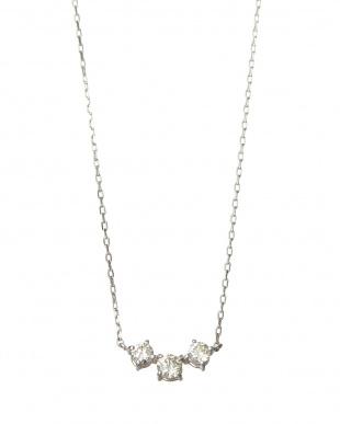SV 天然ダイヤモンド 0.3ct スリーストーン ネックレス見る