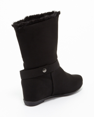 ブラックスエード調 ラクチンきれい 晴雨兼用ベルト付きブーツ見る