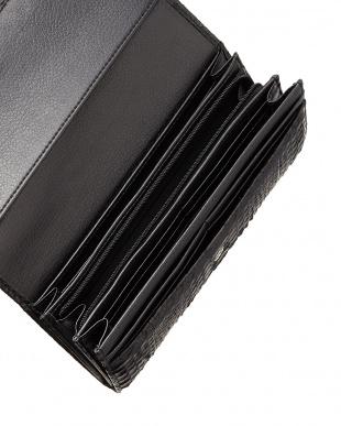 ブラック  ダイヤモンドパイソンかぶせ式長財布見る