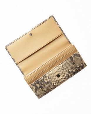 キャメル  ダイヤモンドパイソンかぶせ式長財布見る