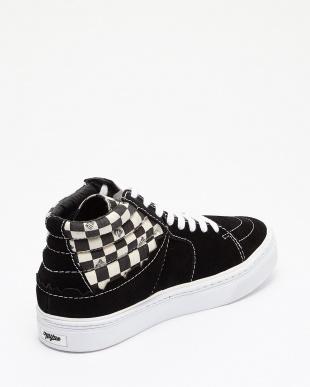 ブラック×ブラック  Hybrid Hicut Sneaker見る