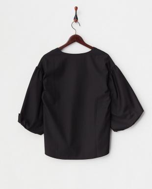 BLACK  Vバルーン袖BL見る