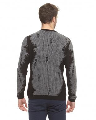 グレー デザインニットセーター見る