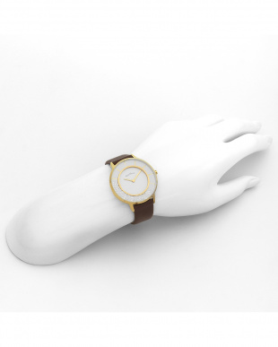 ホワイト系フェイス Love Glitter 腕時計見る