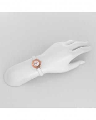 シルバー系フェイス My Angel 腕時計見る