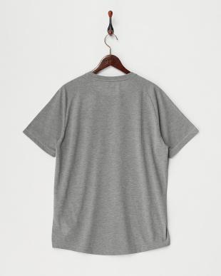 MEDIUM GRAY  アクティブテック Tシャツ見る