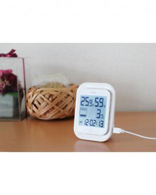ホワイト PM2.5温湿度計エルモ二見る