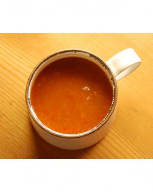 オニオンの甘くて香ばしいかおりに包まれる たまらないトマトスープ見る