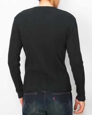 ブラック  ジャガードリブ VネックTシャツ見る