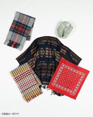 HAPPY BAG B 3万円相当★冬に使えるあったかストール&スカーフ5点入り見る