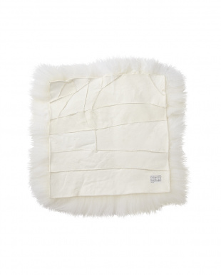 WHITE  長毛シートクッション(裏無し) 40×40cm見る