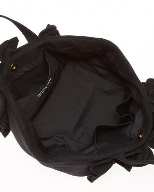 ブラック  ラッフルトートバッグ見る