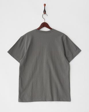 チャコール  BLOCKED ST カラーブロックロゴTシャツ見る