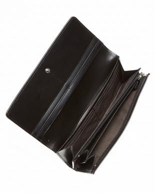 ブラック フラップ長財布見る