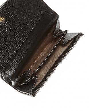 ブラウン  クィーンチェック 二つ折り財布見る