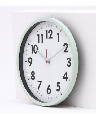 ライトブルー  壁掛け時計 ミーナ見る